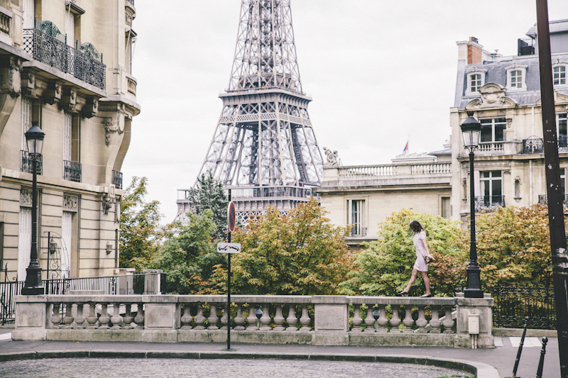 Hillary_loves_Paris-281