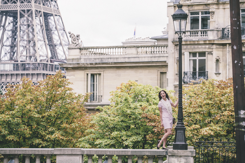 Hillary_loves_Paris-293